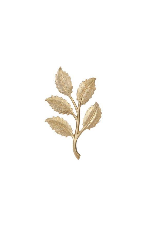 roche Vie. Broche en forma de hoja de arce de bronce con baño de oro de 18 K. Una pieza única, sencilla y delicada. Puede usarse sobre textiles o piel.