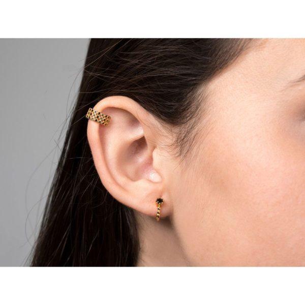 Ear cuff circonitas negras semicircular con 3 filas de circonitas negras entrelazadas de plata con baño de oro.
